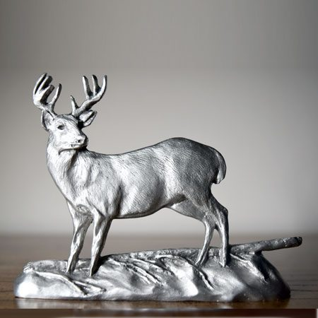 Whitetail deer shelf accent